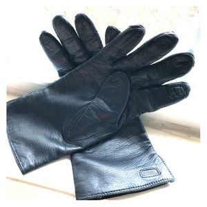 Coach leather gloves, size 7 1/2 black